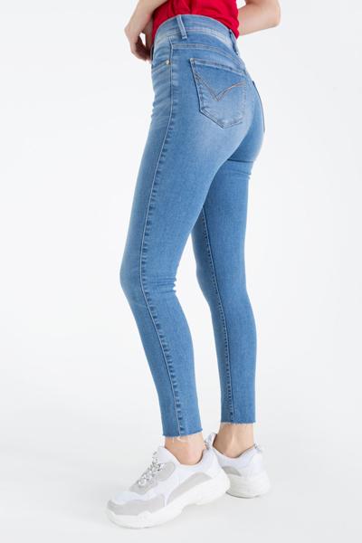 Облегающие джинсы с высокой талией